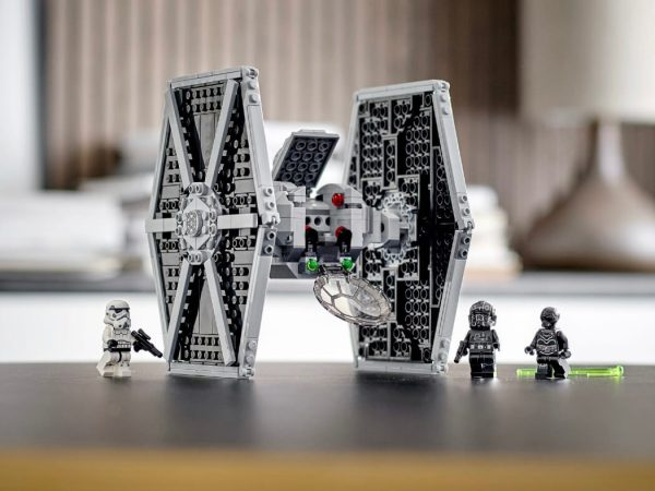Lego Star Wars #75300 Le chasseur TIE impérial